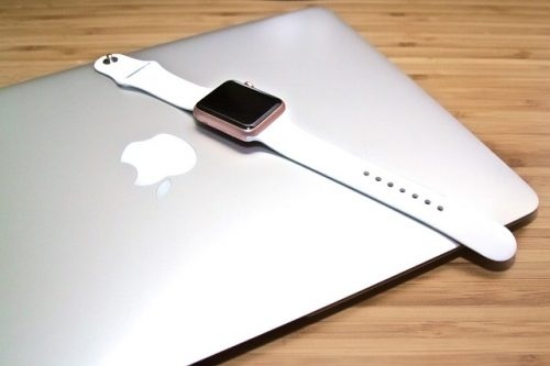 macbook-1500850_640